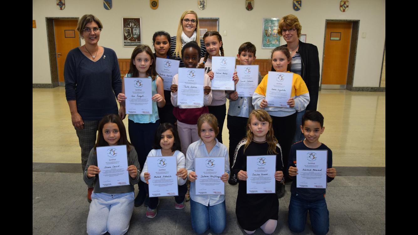 Elf Mädchen und Jungen der Schillerschule sind jetzt Streitschlichter 2019/2020